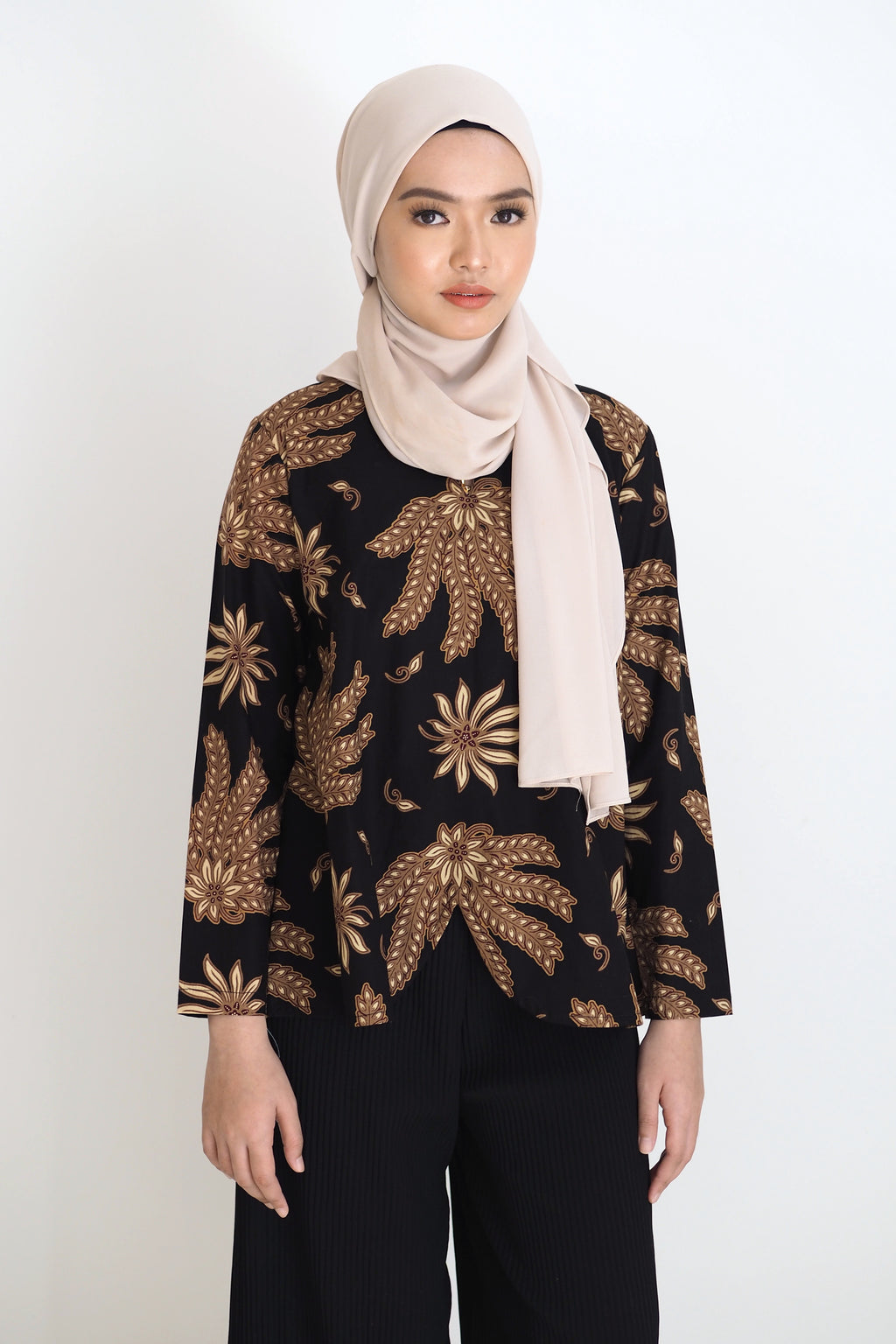 Mia Batik Top Floral Brown