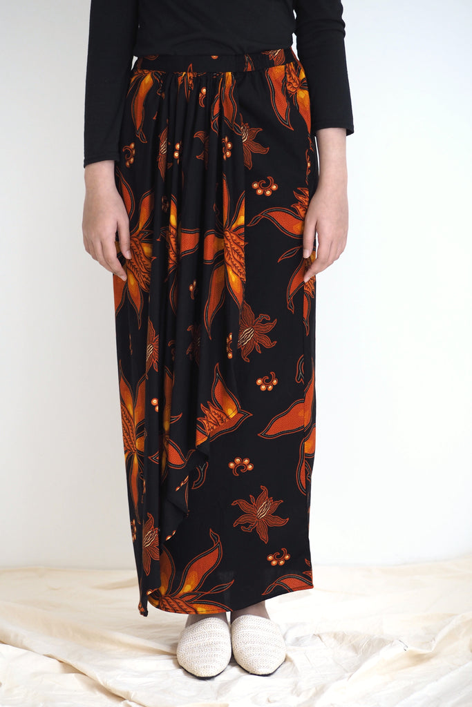 Melur Pareo Batik Skirt Floral Orange