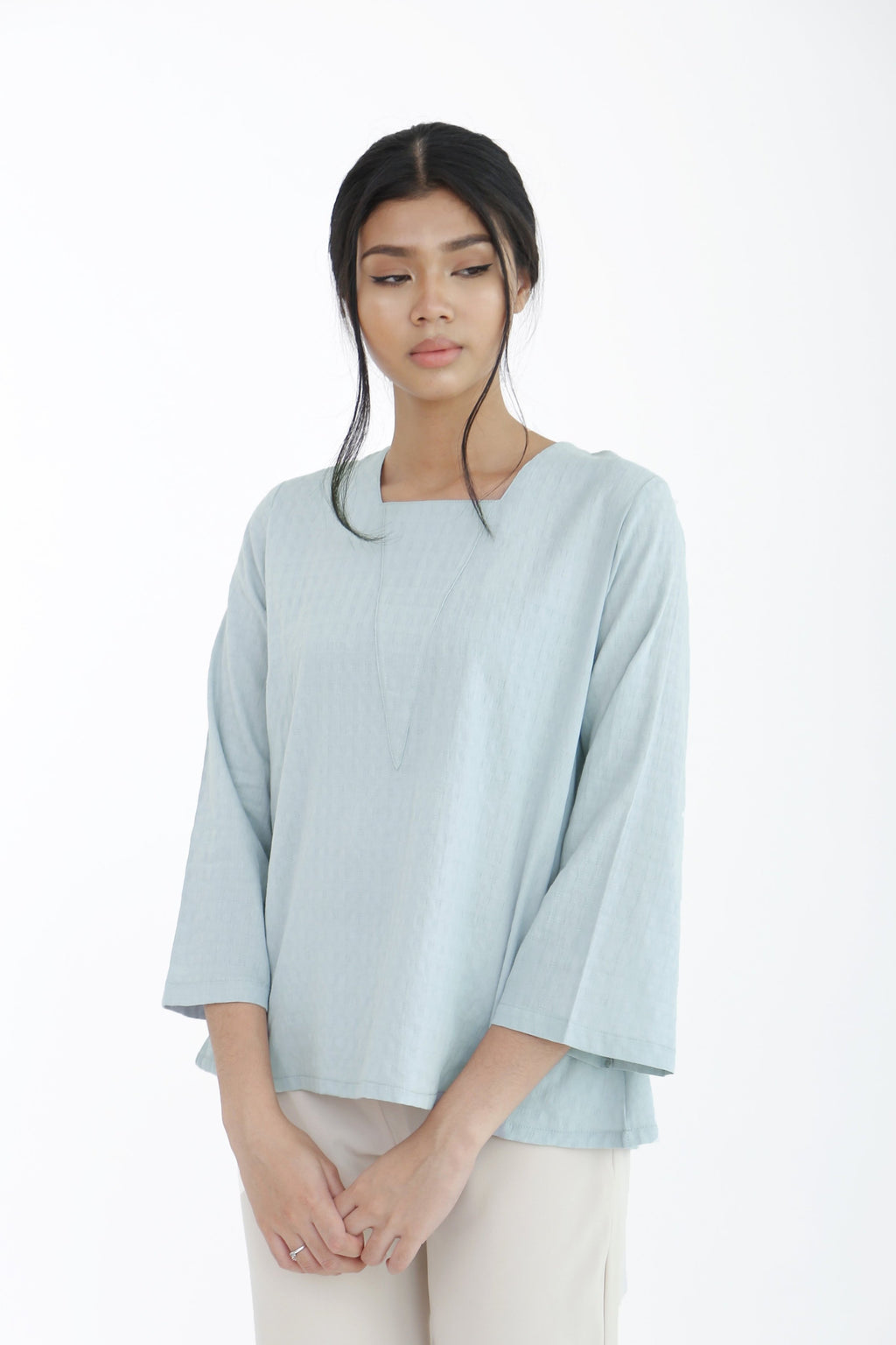 Eve Plain V-Neck Top Green
