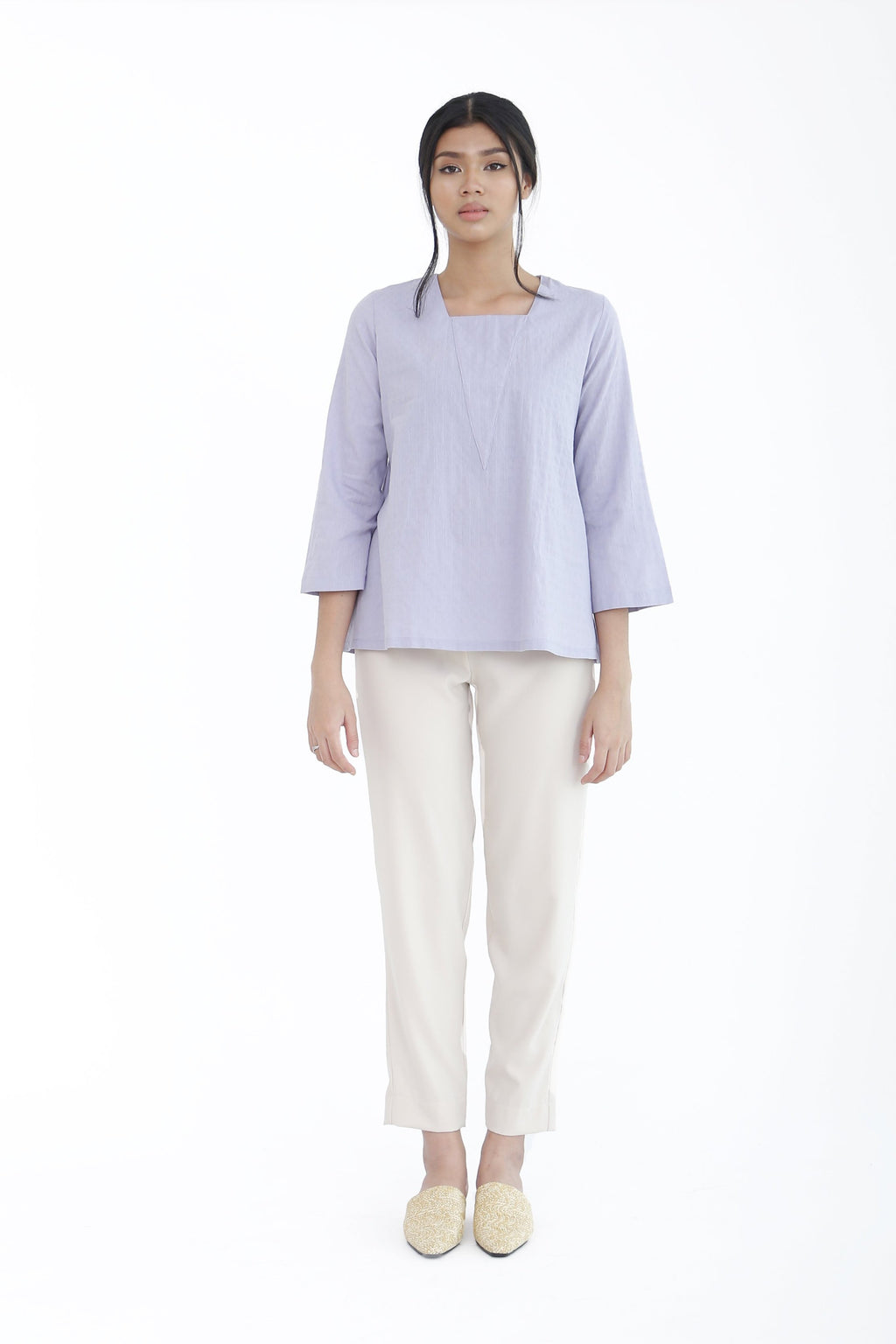 Eve Plain V-Neck Top Lilac