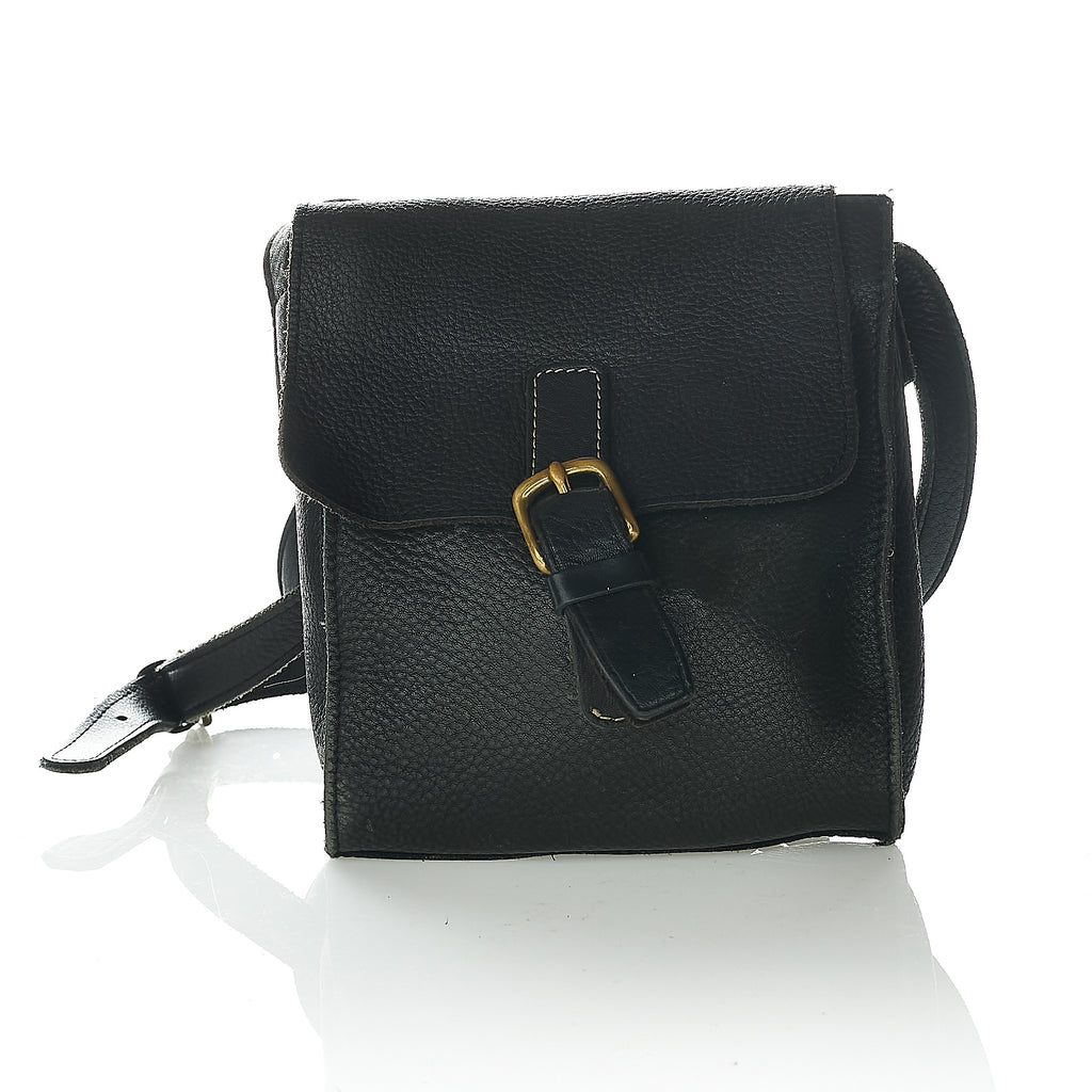 Black leather vintage messenger bag