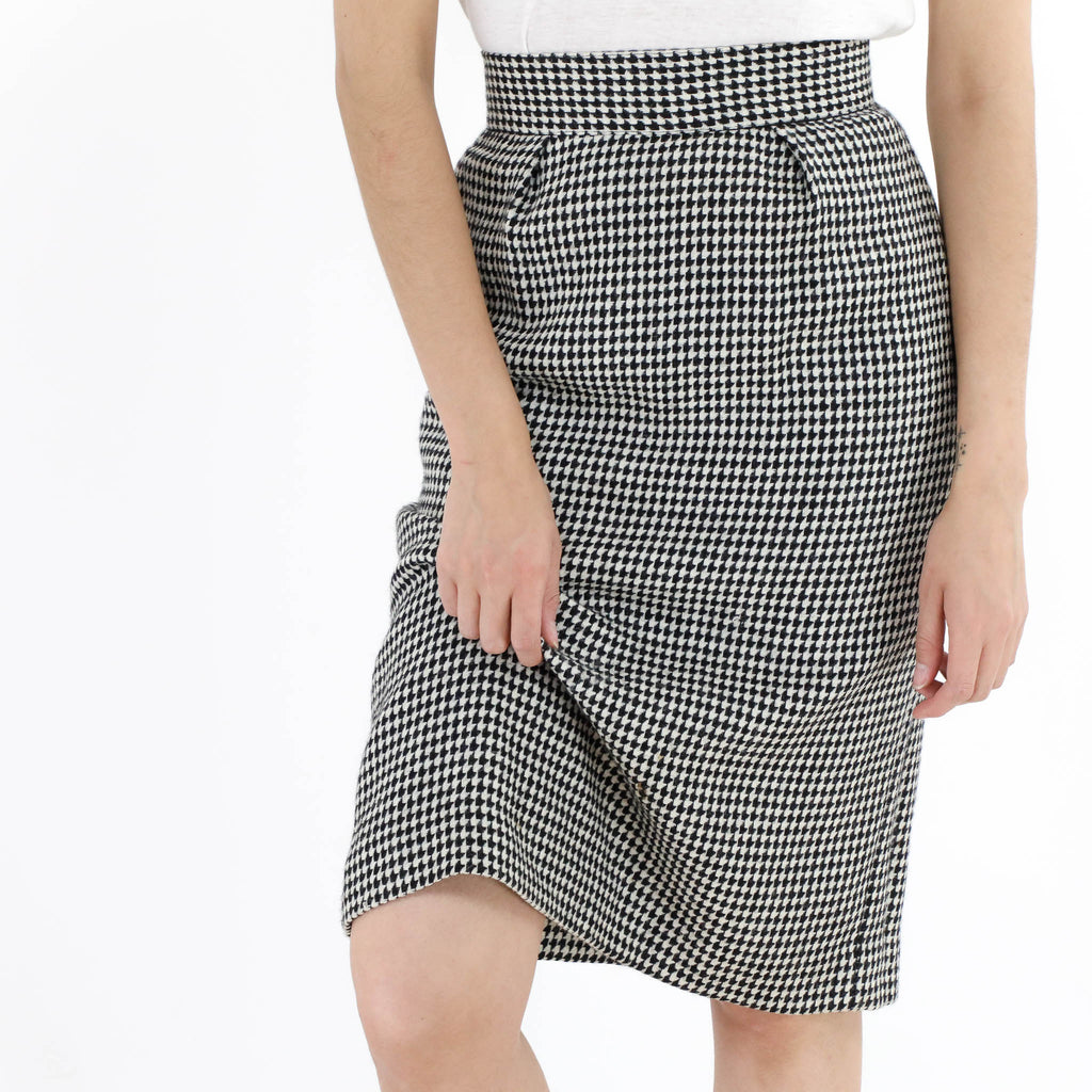 Houndstooth Pegged Skirt