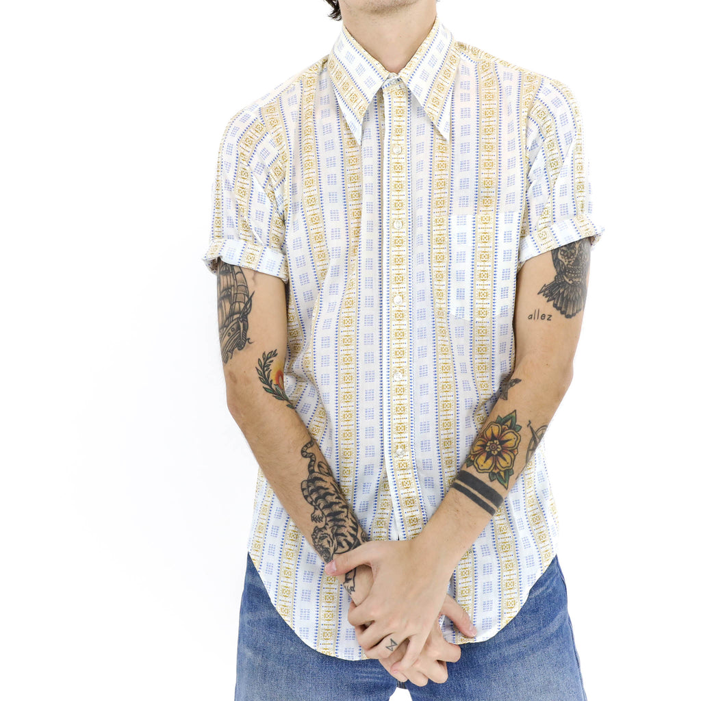 Linear Pattern Short Sleeve Button Down Shirt