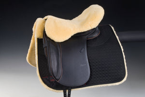 Arctic horse sheepskin saddle seat saver endurance riding christ lammfelle horsedream importers