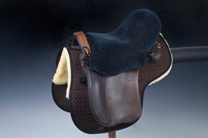 Arctic horse sheepskin saddle seat saver endurance trail riding christ lammfelle horsedream importers
