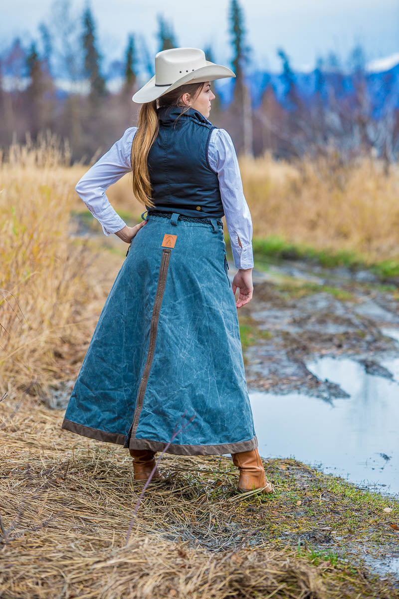 Arctic Horse Riding Skirt Backcountry Trail Charcoal Alaska