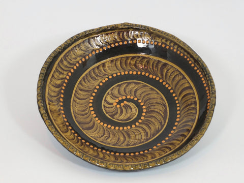 Snail Shell Dish - by Orieji