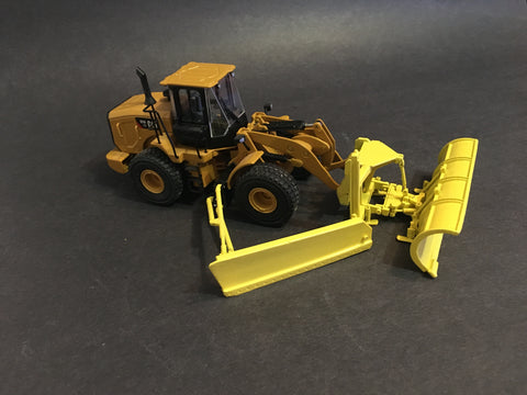 1/50 - Reversible Snowplow w/ Side Wing - Wheel Loader