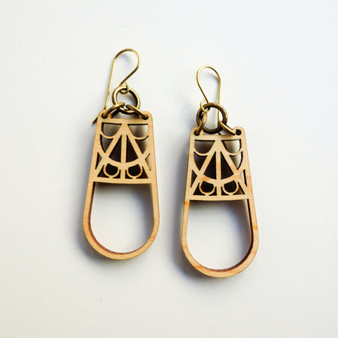 La Dame de Fer Earrings [Eiffel Tower]