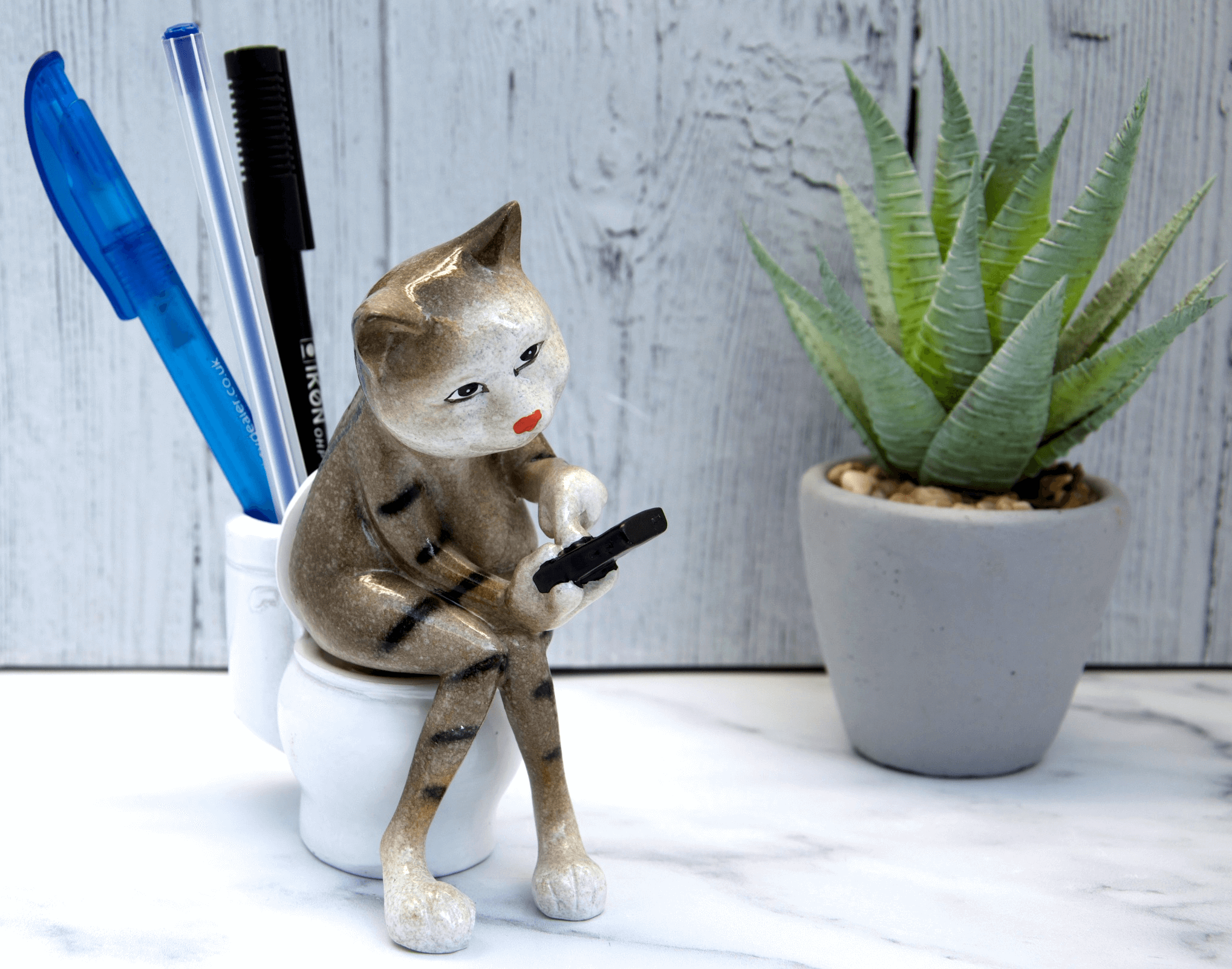 Brown Cat Texting on Toilet Ceramic Ornament Pen Holder