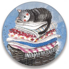 Laundry Basket Cat Keyring