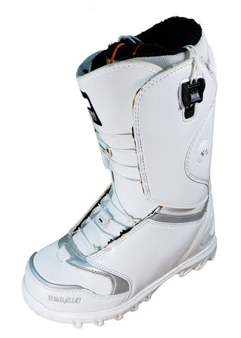 32 Lashed FT Snowboard *Blem* Boots Womens Size 8.5 White