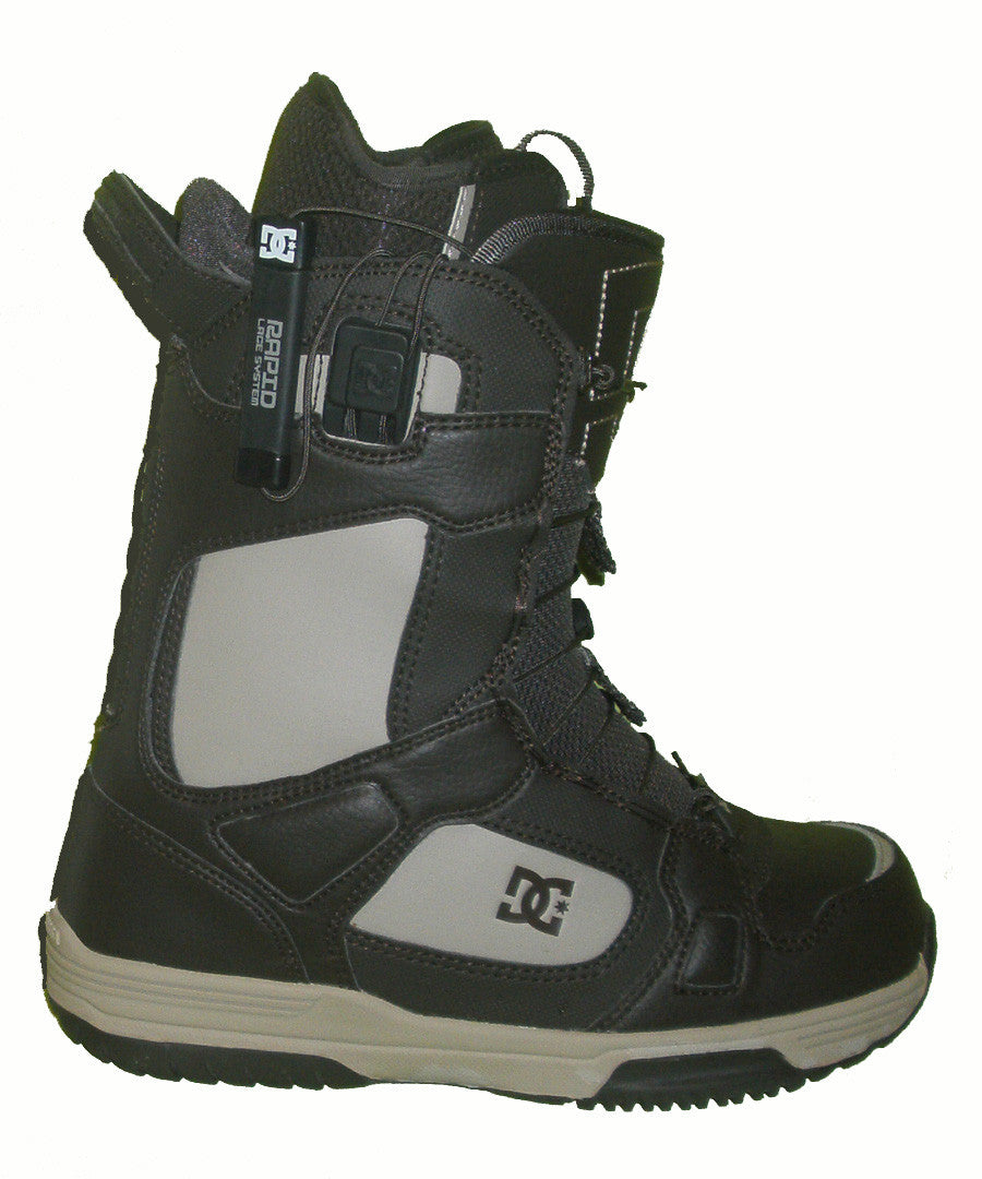 DC Siloh Rapid-Lace Snowboard Boots Mens Size 5 equals Womens 6.5 Cobblestone equals Kids-5-5.5