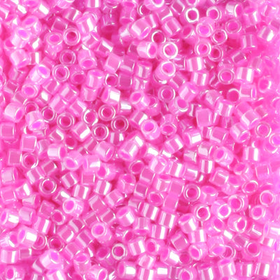 DB0247 Fuchsia Lined Crystal
