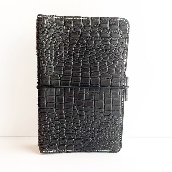 Everyday Organized Leather Traveler's Notebooks