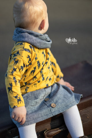 "Baumwoll-Leinen-Twill ""Louis"", Jersey ""Cute Deer"" genäht wurde das eBook - ""Basic Rock""  & ""Oversize Sweater"" von Lemel Design - Rock und Pulli - Nähen für Kinder/Mädchen - Glückpunkt."