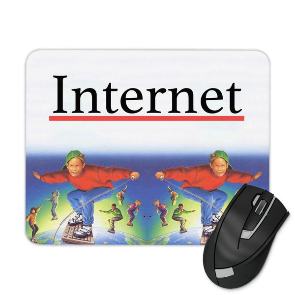 INTERNET SURFING KID MOUSE PAD