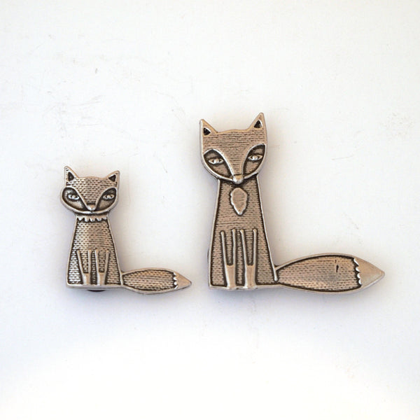 Two Fox Magnets