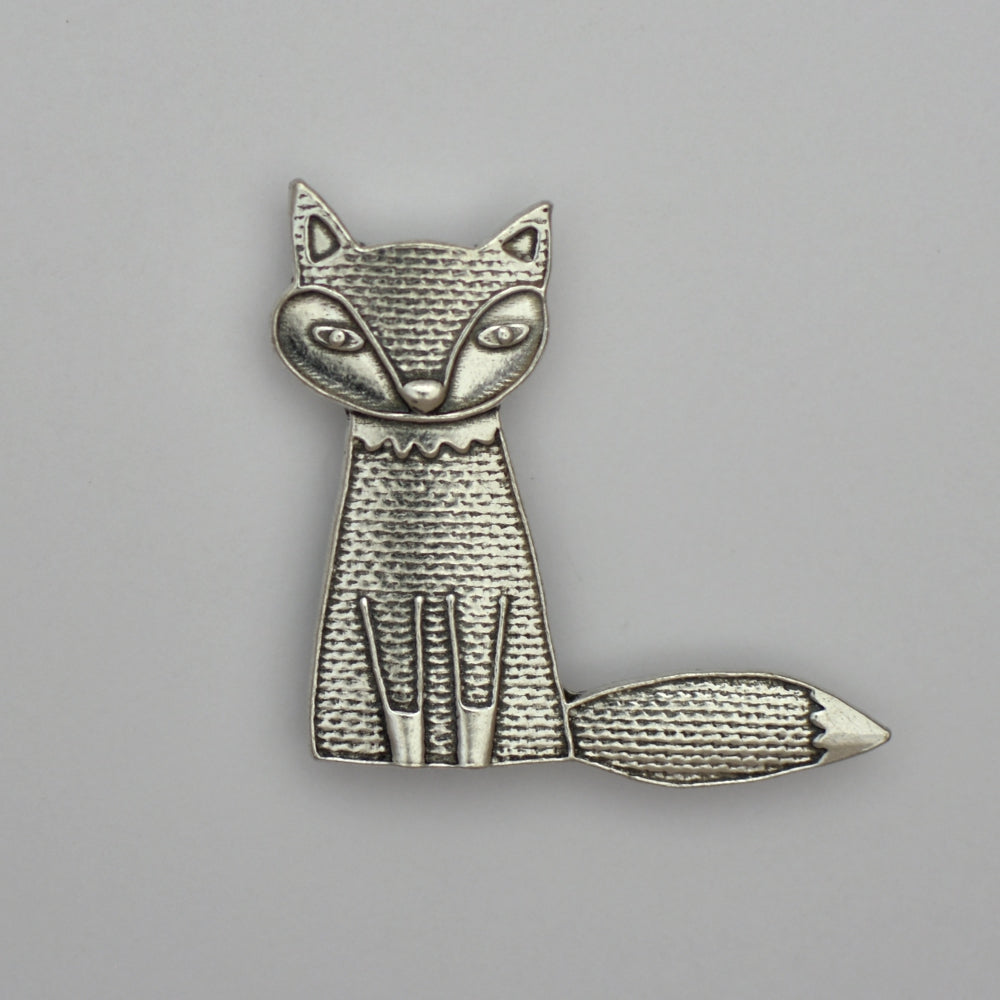 Maude the Fox, pewter magnet