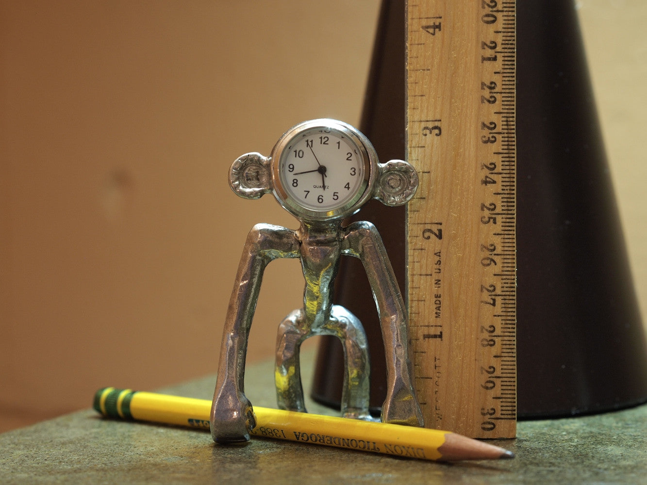 Simian Desk Clock- Ape in Four Dimensions