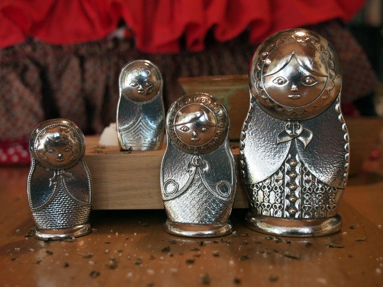 Matryoshka Measuring Spoons- Pewter Russian Nesting Dolls