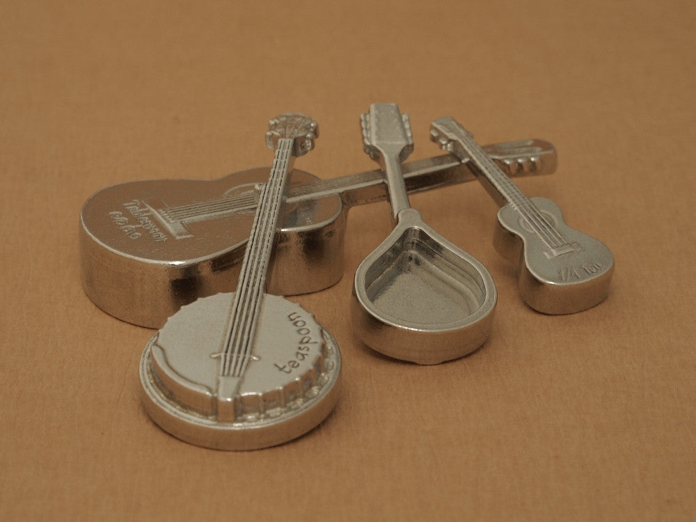 Americana Measuring Spoons with Display Stand- Stringed Instruments- Musical Strings- Guitar, Banjo, Mandolin, Ukulele