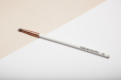 Vegan Smoky Eyeliner Brush 15 (Rose Gold)