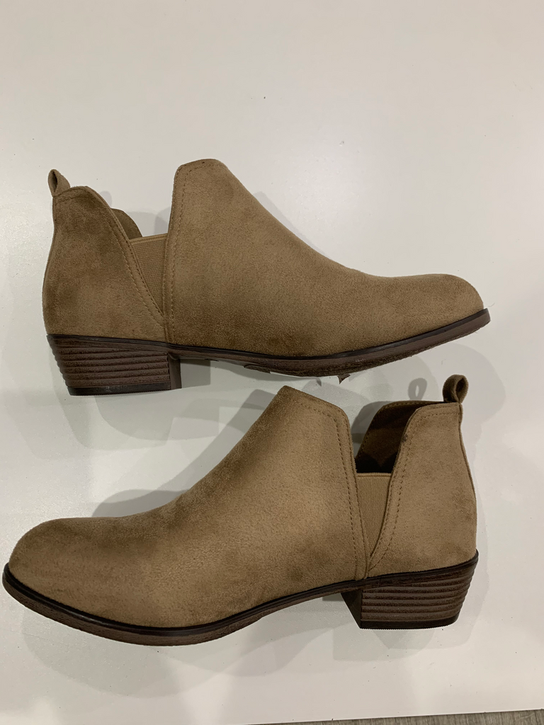 Taupe Seuded Booties