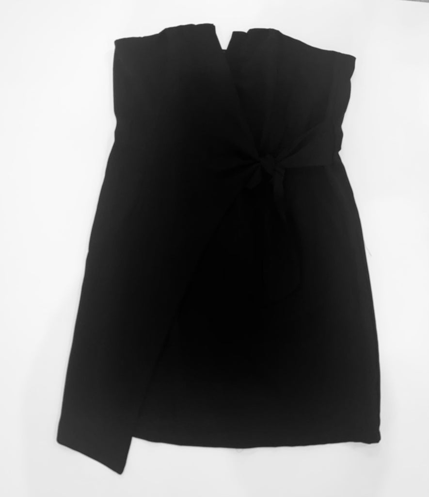 Black Side Tie Strapless Dress