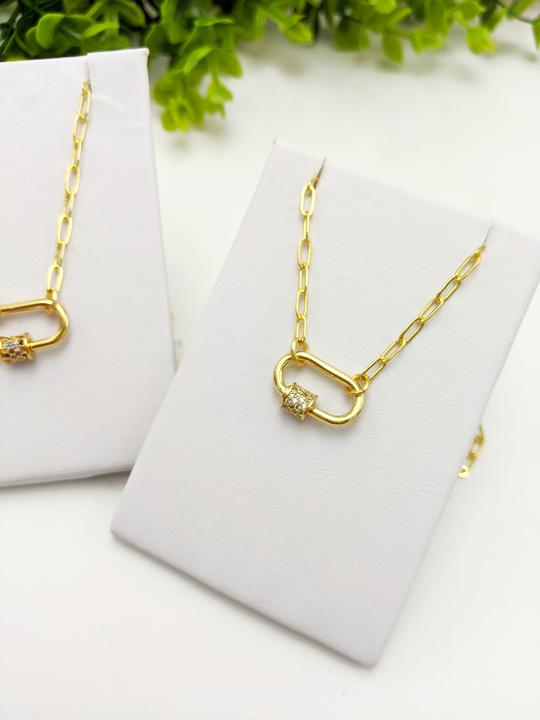 Mini Dainty Clasp Necklace