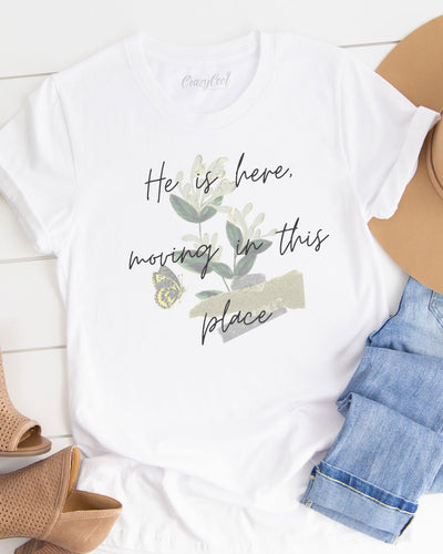 Moving in the place - Tee