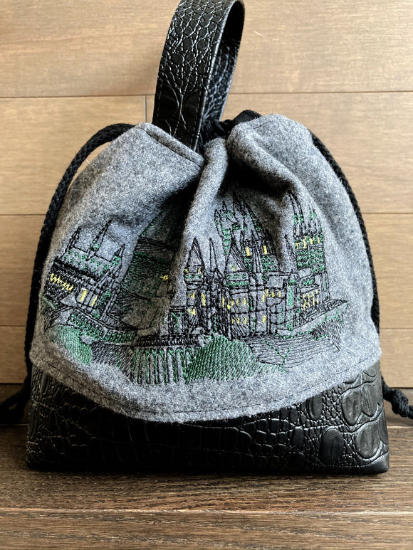 Honourable Houses Green Small Project Bag
