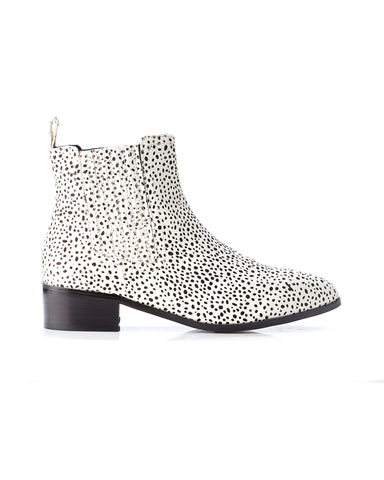 Jada Pony Boot | White w Mini Black Spot