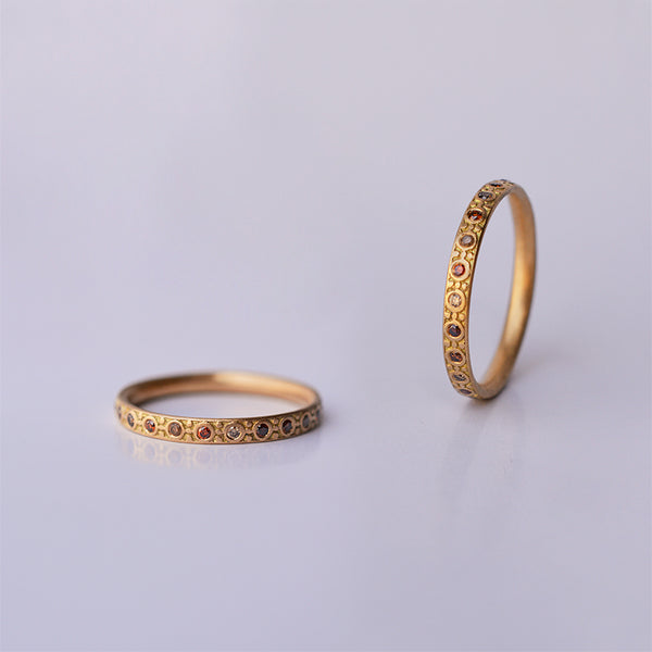 Band ring - 18k solid gold & cognac diamonds