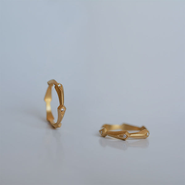 Six kites ring - 18k solid gold & diamonds