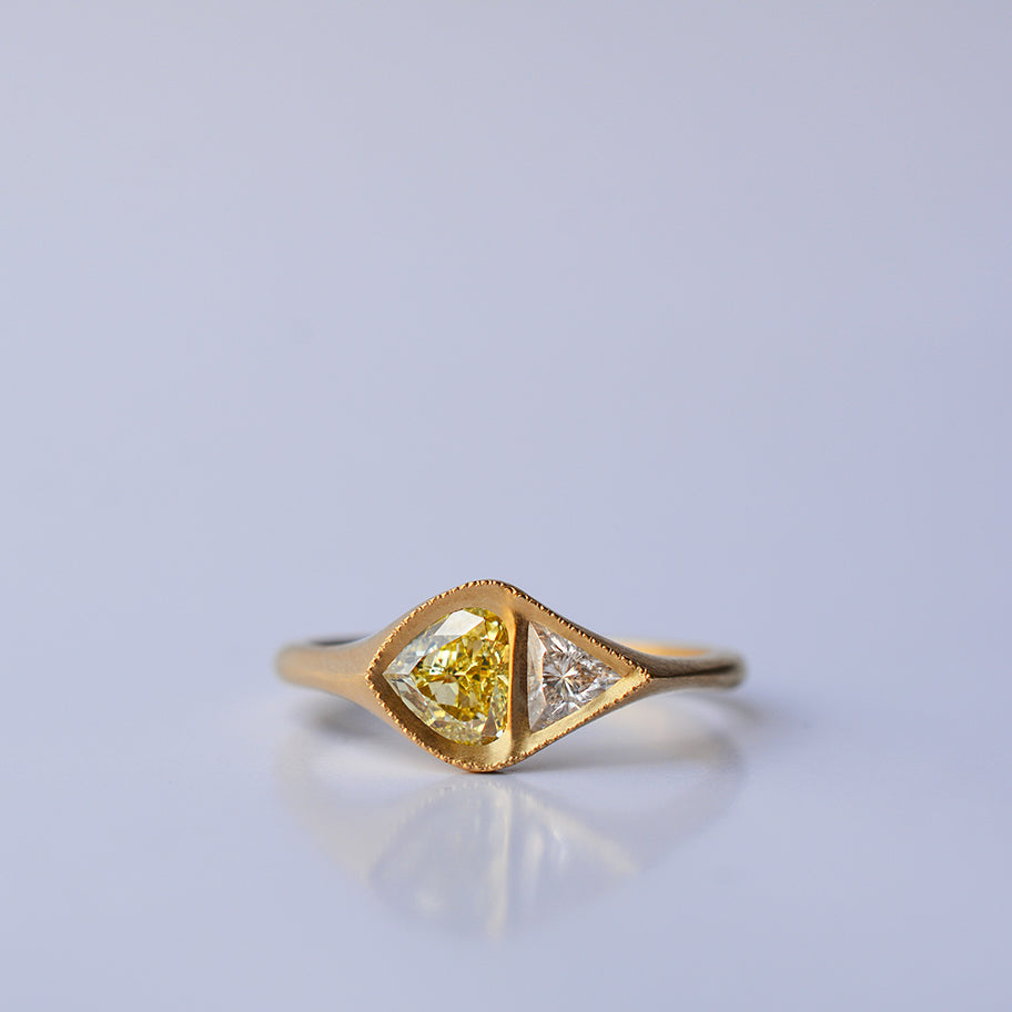 Asymetric Diamond ring - yellow diamond