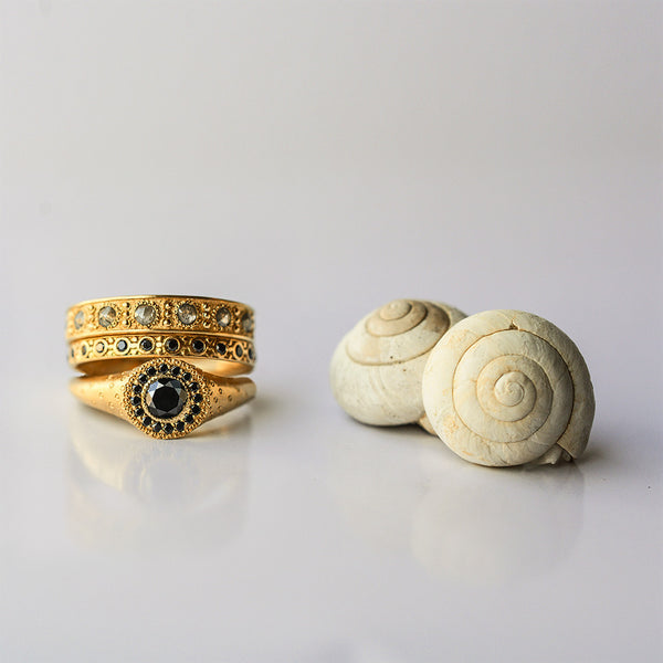 Black Sun ring - 18k solid gold & black diamond