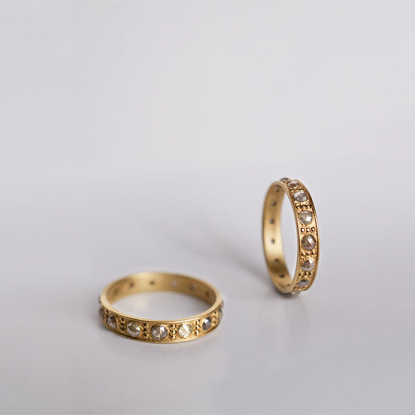 Diamond ring - 18k solid gold & Gray diamonds