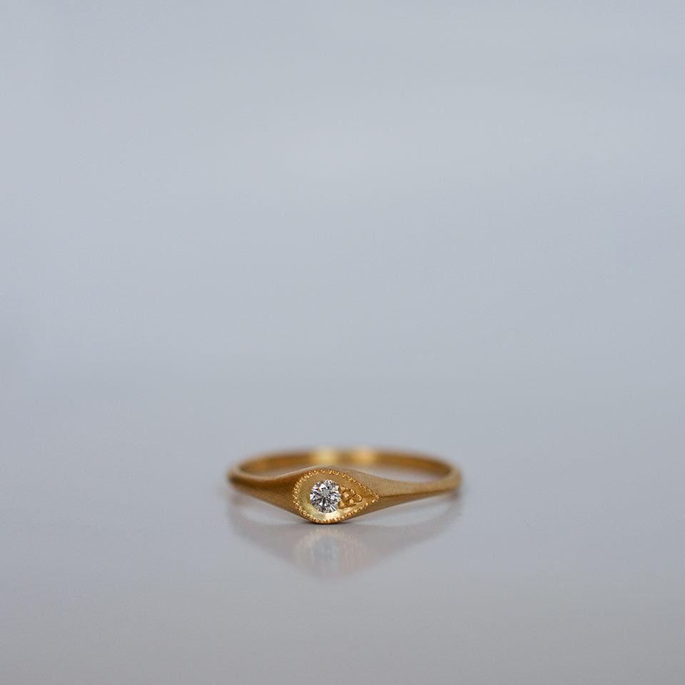 Diamond drop Ring - 18k gold & Diamond
