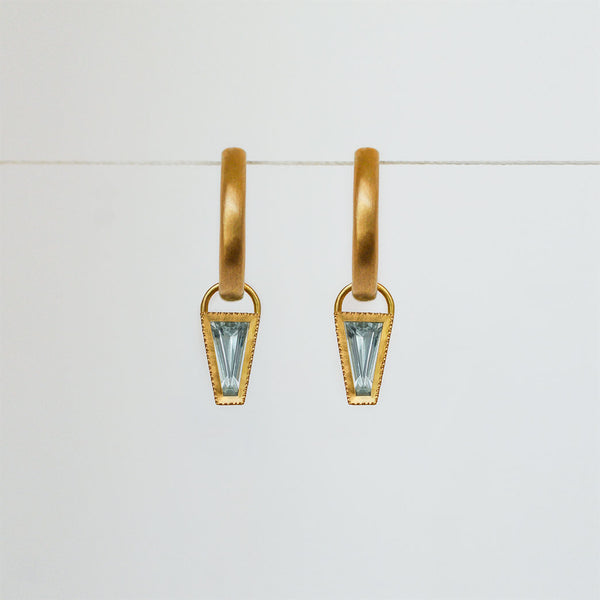Aquamarine Taper earrings - 18k solid gold