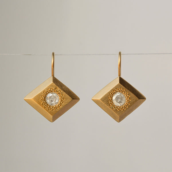 Icy Diamond Earrings - 18k solid gold