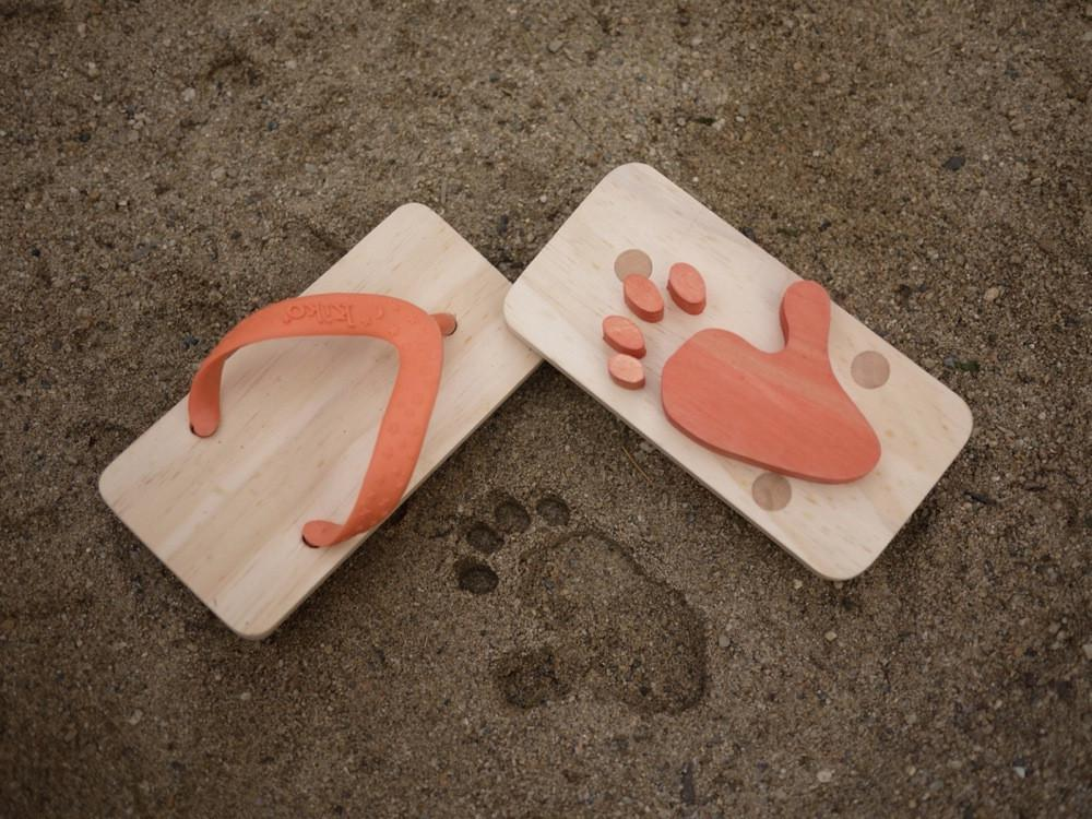 Wooden Animal Foot Print Flip Flop Monkey