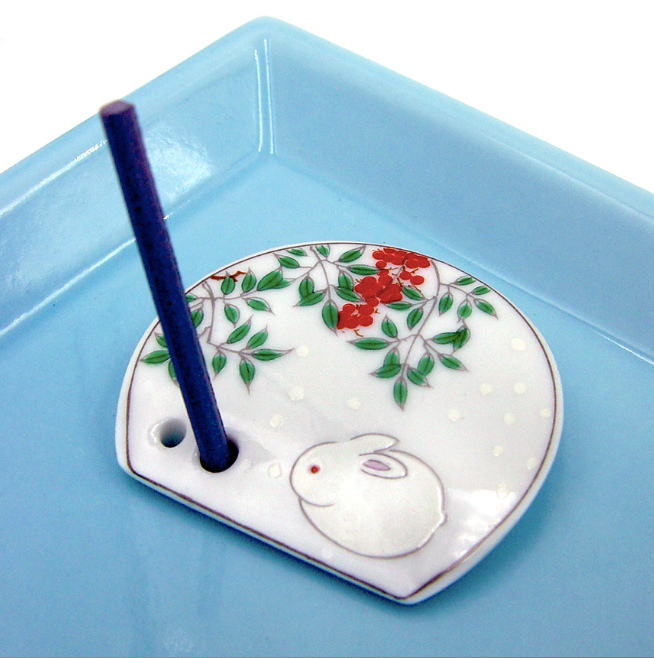 Decorative Porcelain Incense Holder with White Bunny Painting