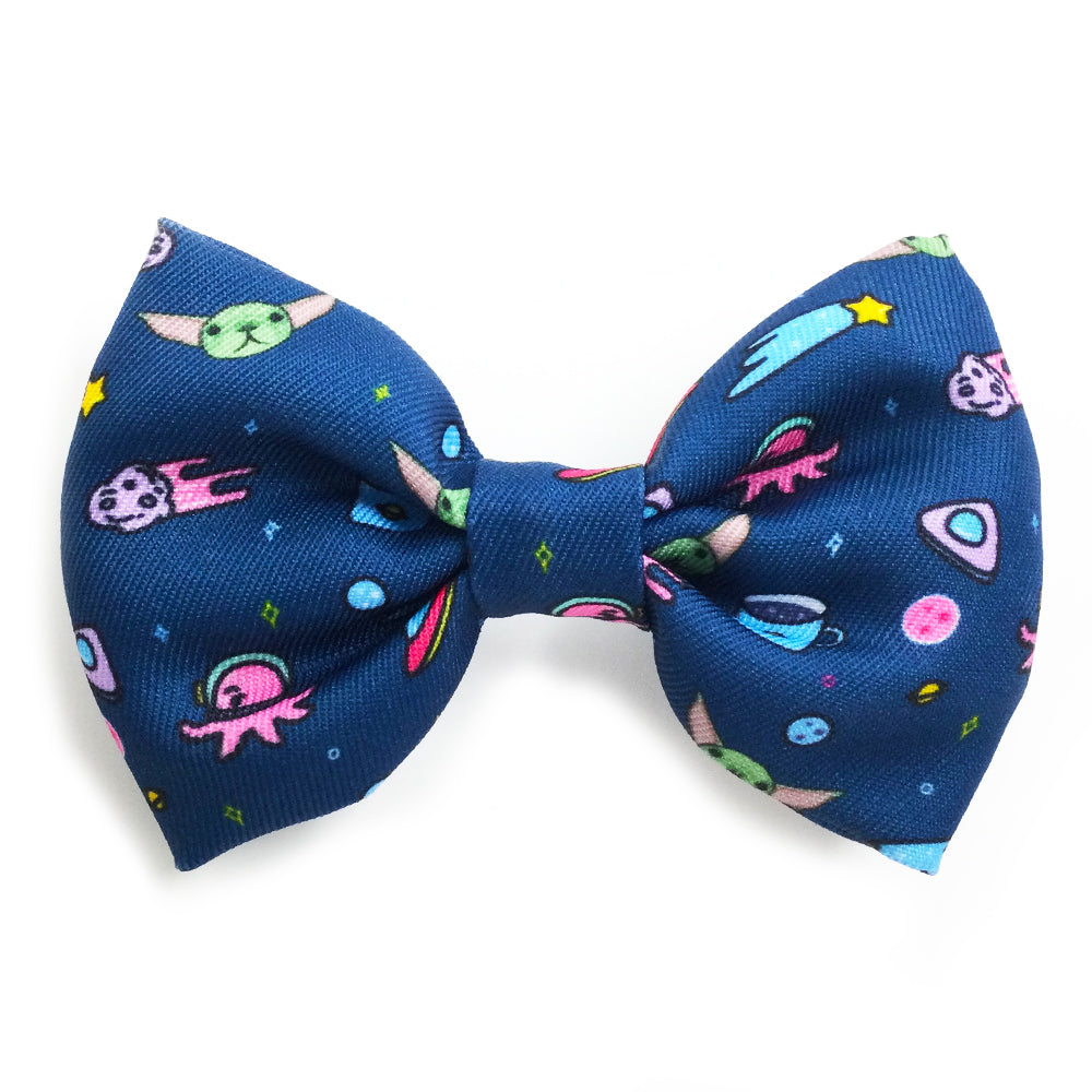 Frenchiestore dog Bowtie | The Child