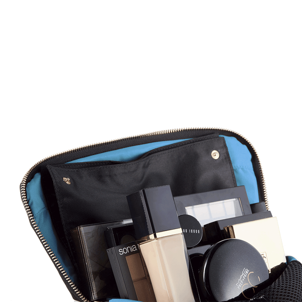 Signature Medium Size Makeup Bag That Opens Wide | KUSSHI