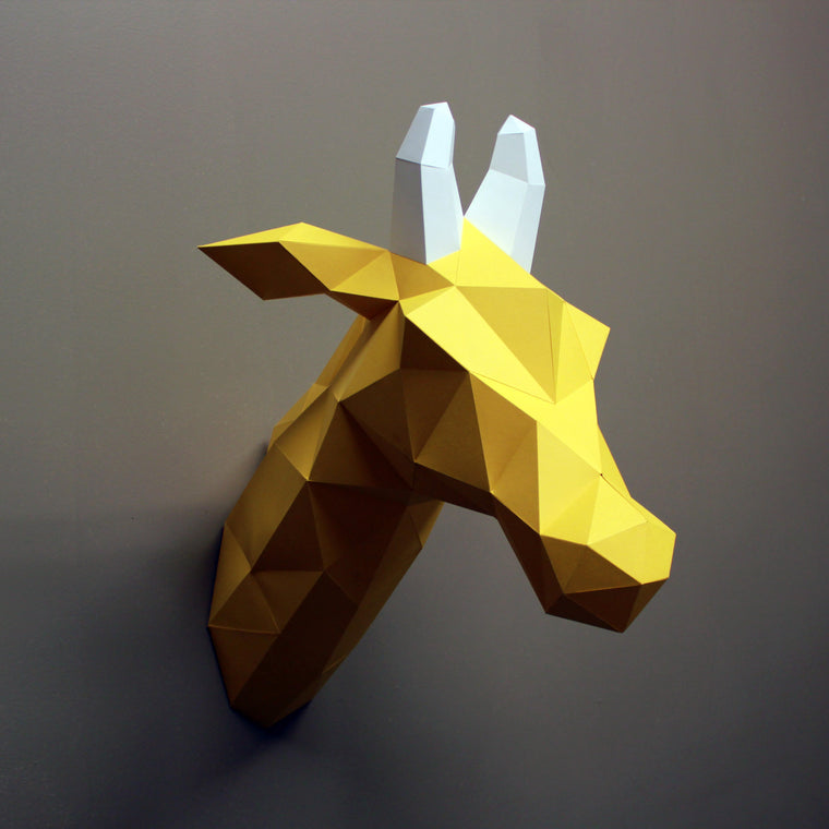 Louise the Giraffe | DIY Papercraft Animal Kit