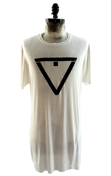 BV TS15 Long T-shirt in cream Modal with front logo - Some Things Dark