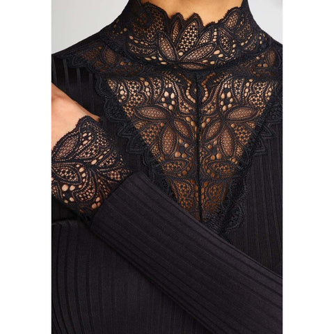 YAS - Lace Top
