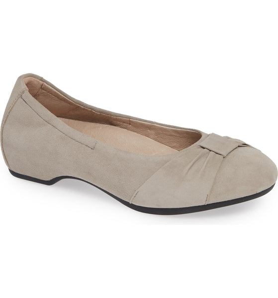 Women's Dansko Lina Bow Pump, Size 7.5-8US / 38EU M - Grey