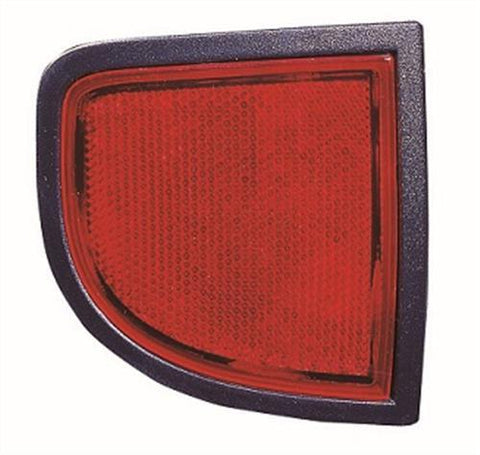 Mitsubishi L200 Pick Up 2006-2010 Rear Lamp Reflector Passenger Side L